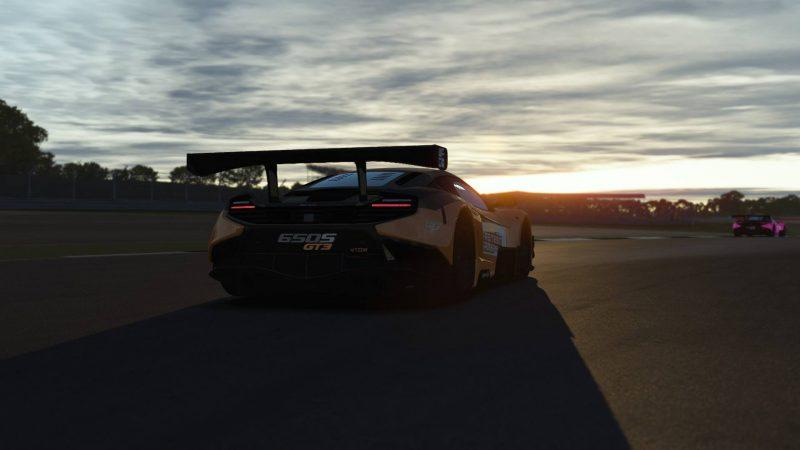 Sigue en directo la primera carrera de la fase de acceso vía rFactor 2 al McLaren World´s Fastest Gamer