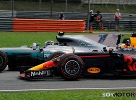 Verstappen gana en Malasia y Vettel minimiza daños; Alonso 11º