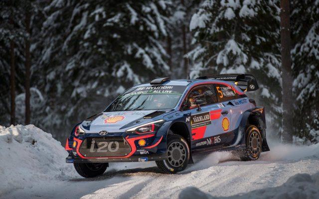 Thierry Neuville, nuevo líder del mundial de rallyes tras ganar en Suecia