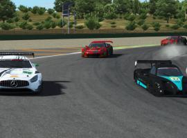 Racing Club | Ricardo Tormo | Sonrisas y lagrimas en la carrera inaugural