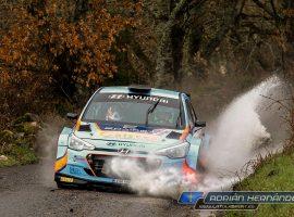 Iván Ares y José Pintor regalan a Hyundai una victoria más que merecida