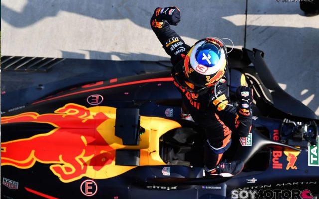 Ricciardo se exhibe en China